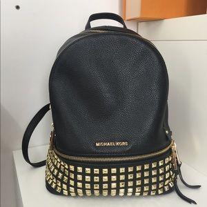 💕 michael kors backpack 💕